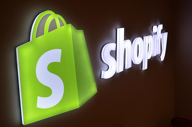 Top 10 Shopify Apps for D2C Brands